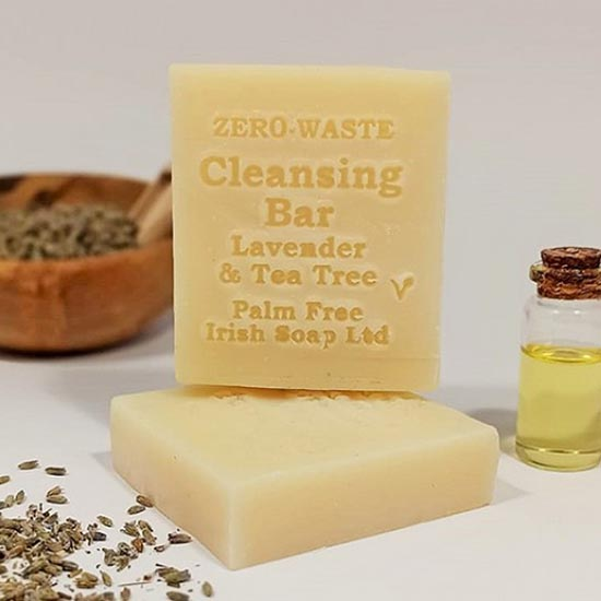 palm free anti microbial cleansing bar